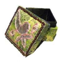 Brokat-Döschen Ø 5 cm grün - verziert mit Blattmotiv