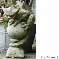 Drache Oscar Gartenfigur Fiona Jane Scott